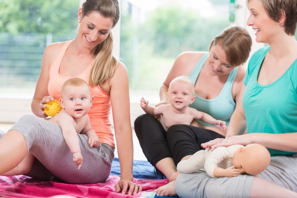 جلسات العناية بالطفل في حضانة ليدي بيرد