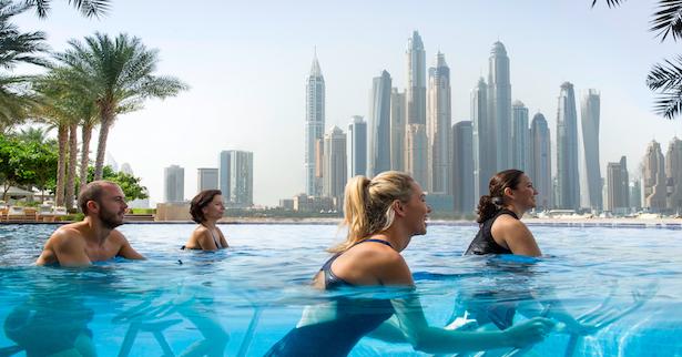 أين تمارس التمارين الرياضية المائية في الشرق الأوسط ؟