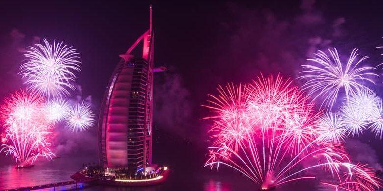 عروض الألعاب النارية فيبرج العرب The Palmاحتفالاً برأس السنة 2019