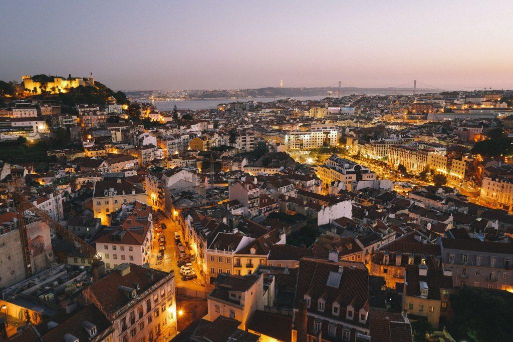 لشبونة