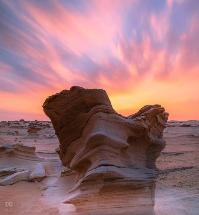 الأحافير الكثبان في أبوظبي Fossil Dunes in Abu Dhabi