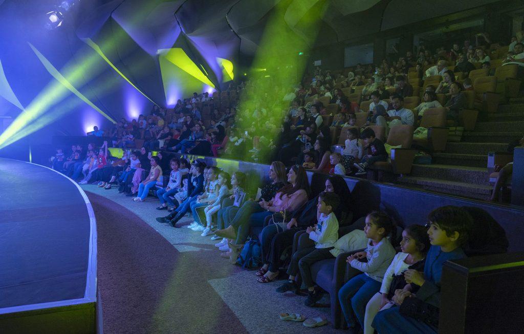سلسلة مسرحيات عالم القصص في القصباء