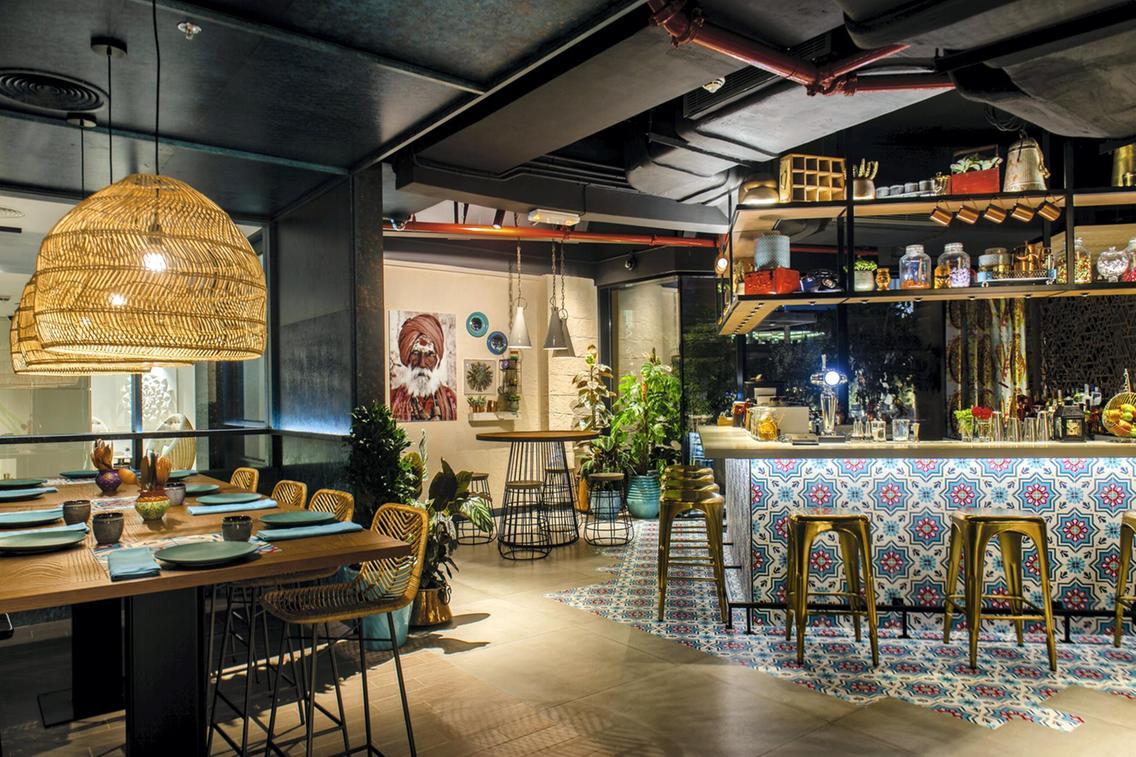 مطعم إنديا باي فينيت