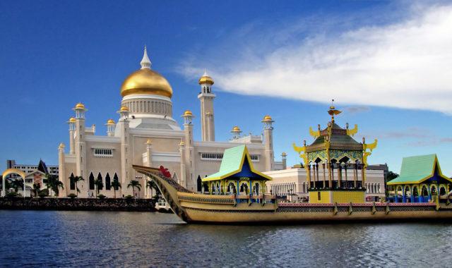 مسجد عمر علي سيف الدين ، بروناي