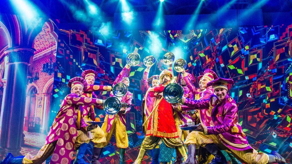 العرض المسرحي الموسيقي شهرزاد في القرية العالمية