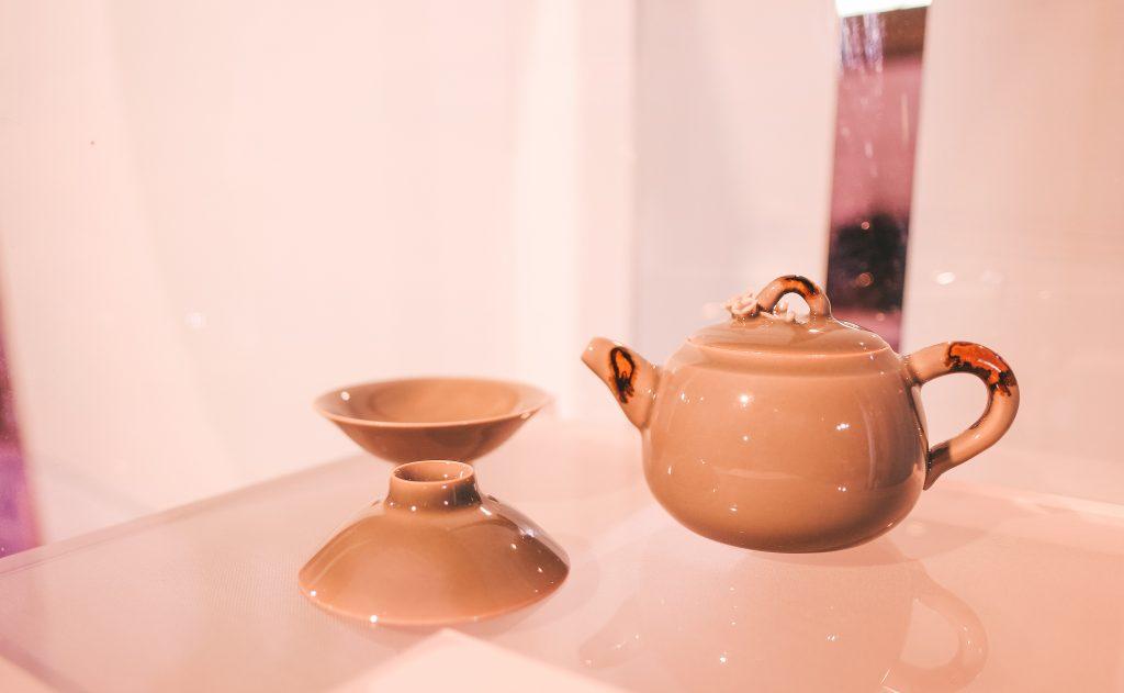 معرض الحرير والشاي والخزف من مبادرة هلا بالصين