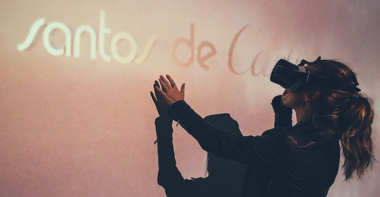سلسلة ART+ في دبي مول