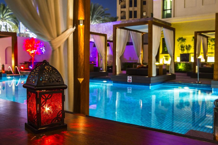 مطعم ثري إن ون في فندق فيدا وسط المدينة
