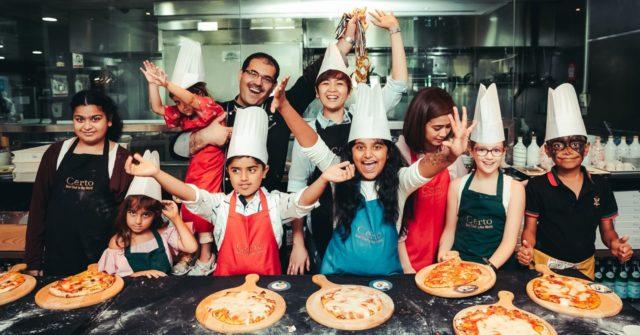 5 مطاعم تُقدم أكل مجاني للأطفال في دبي