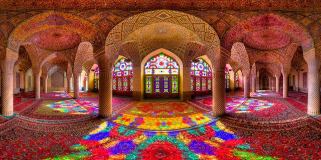 المسجد الوردي ، إيران
