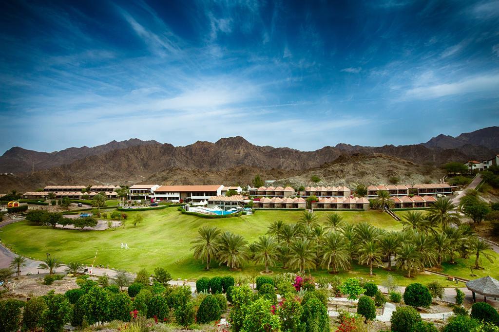 فندق قلعة حتاJA Hatta Fort Hotel