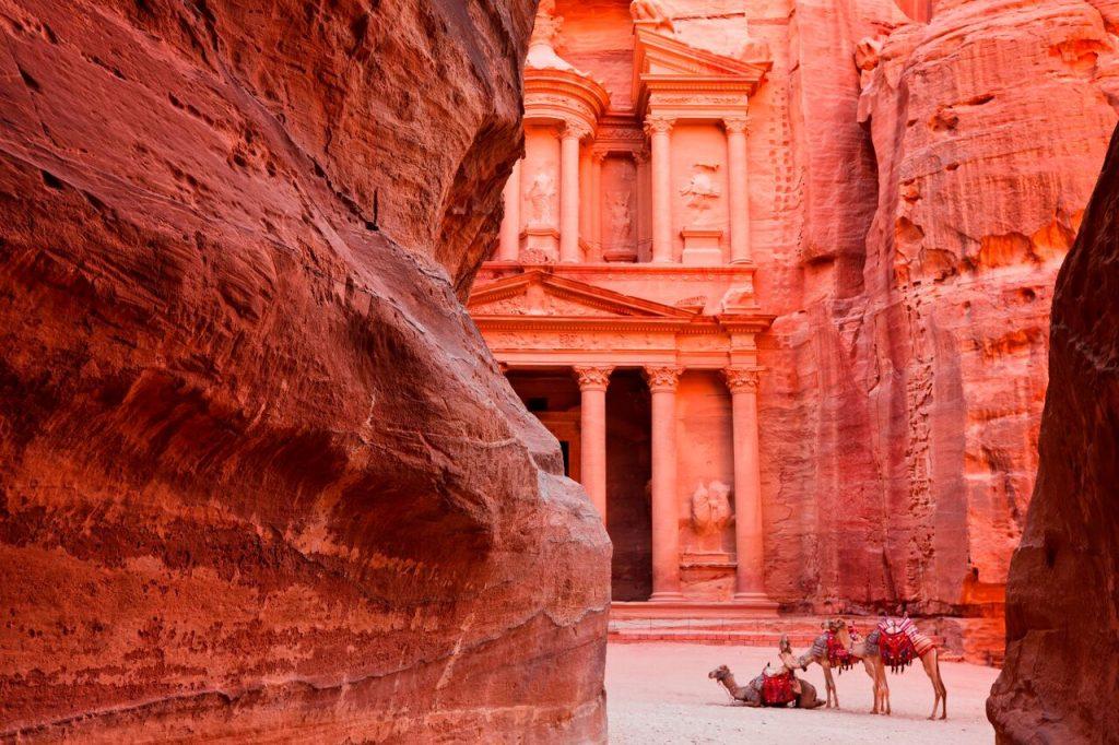 مدينة البتراء في الأردن