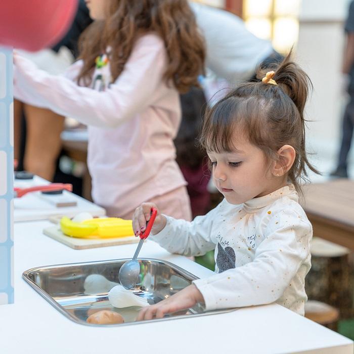 فعاليات سوق الينابيع خلال مهرجان دبي للمأكولات 2019