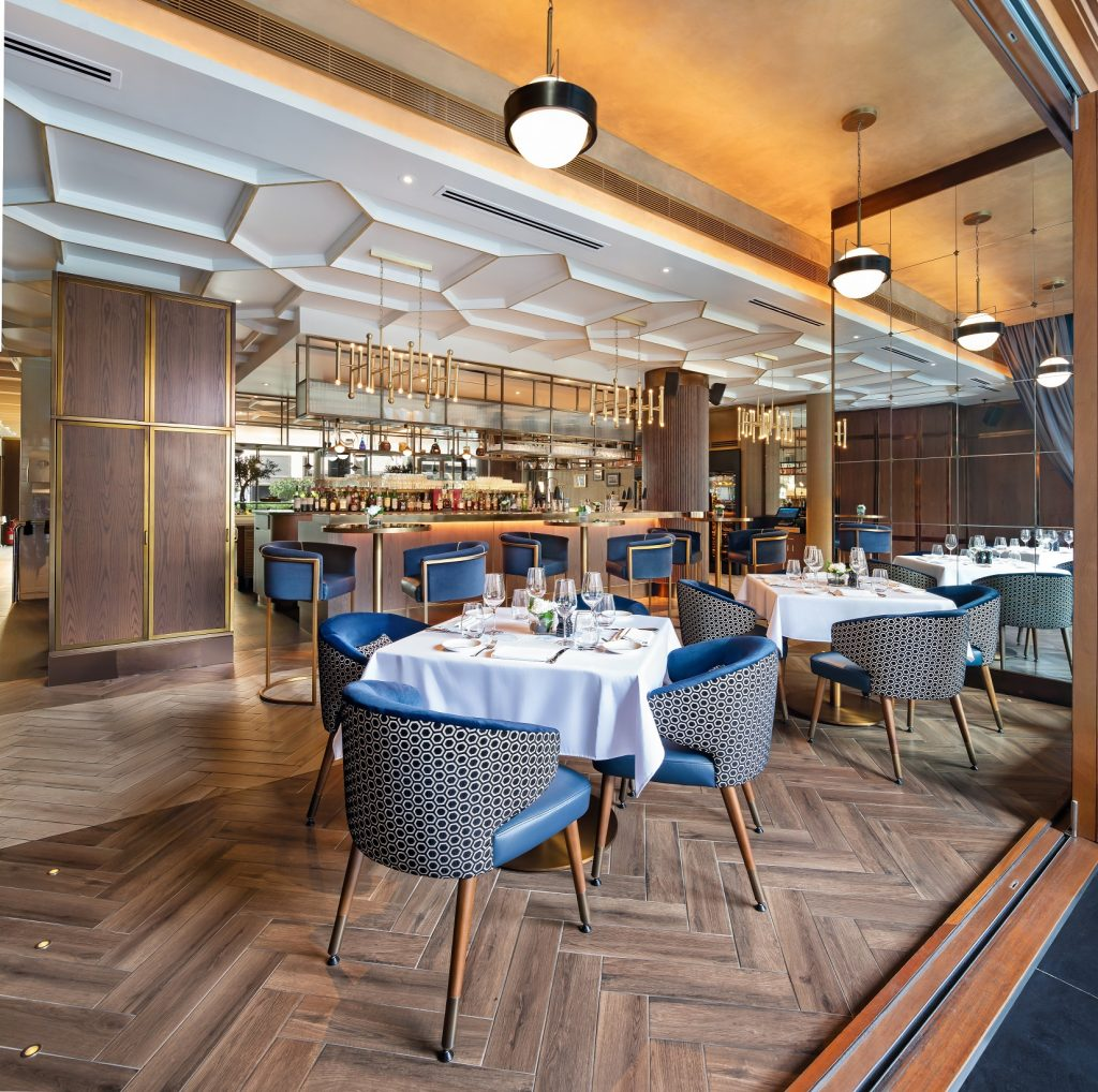 مطعم جالفن بيسترو آند بار في سيتي ووك