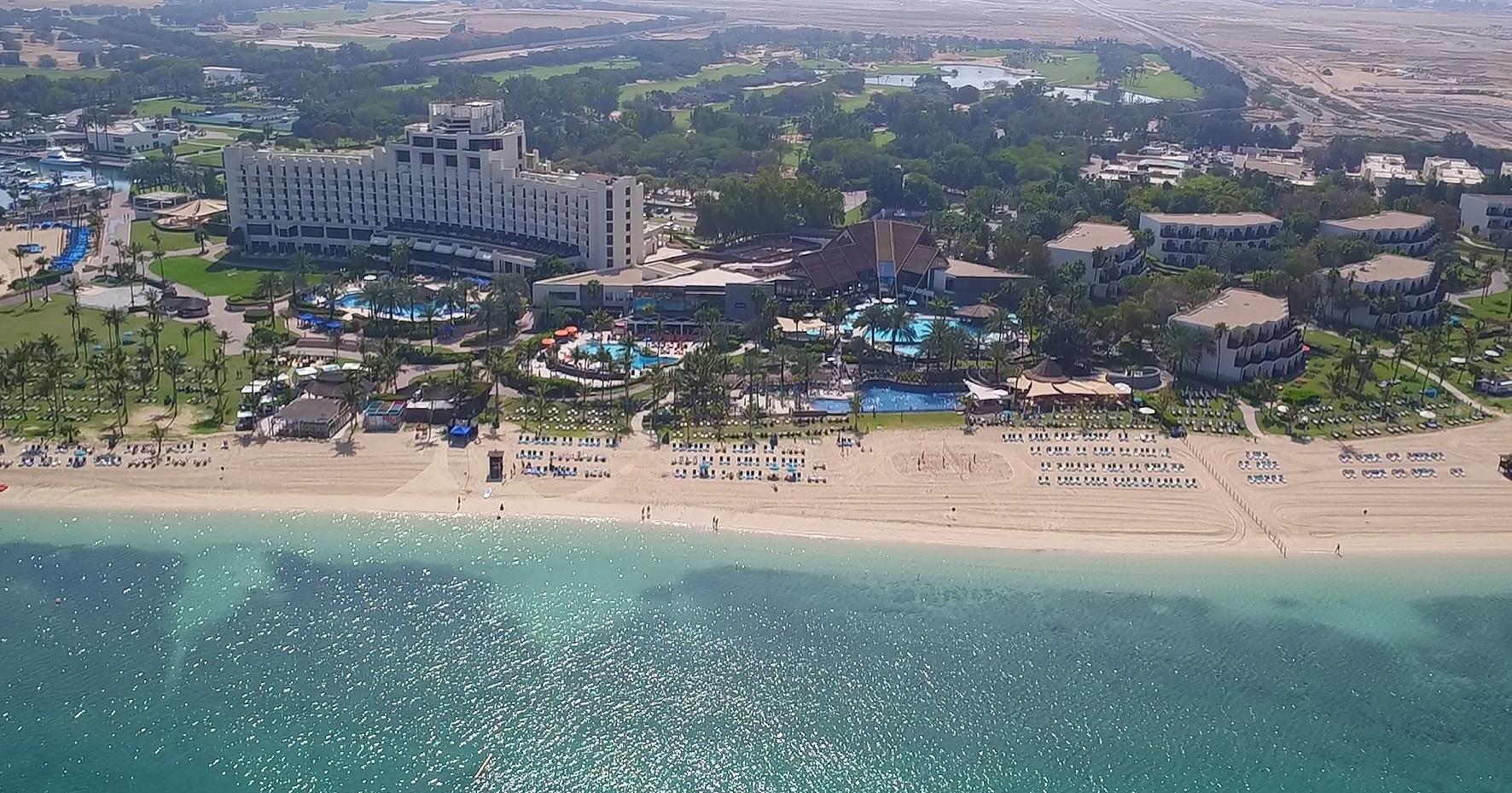 عمليات التجديد في جيه إيه فندق الشاطئ