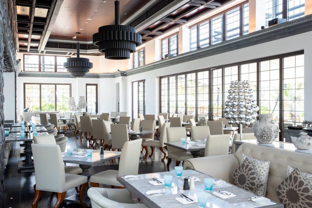 مطعم روك فيش في فندق جميرا النسيم