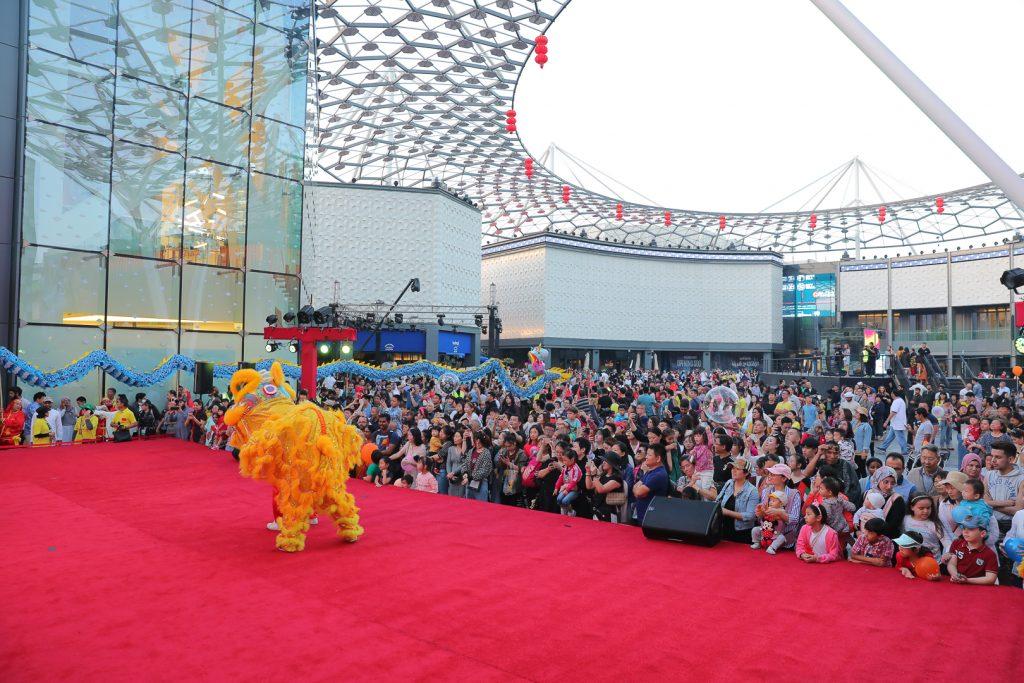 احتفالات السنة الصينية في وجهة السيف