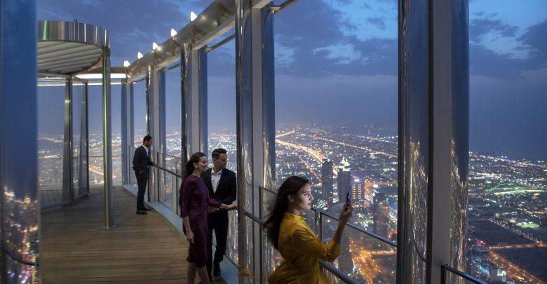 ذا لاونج برج خليفة أعلى ردهة في العالم