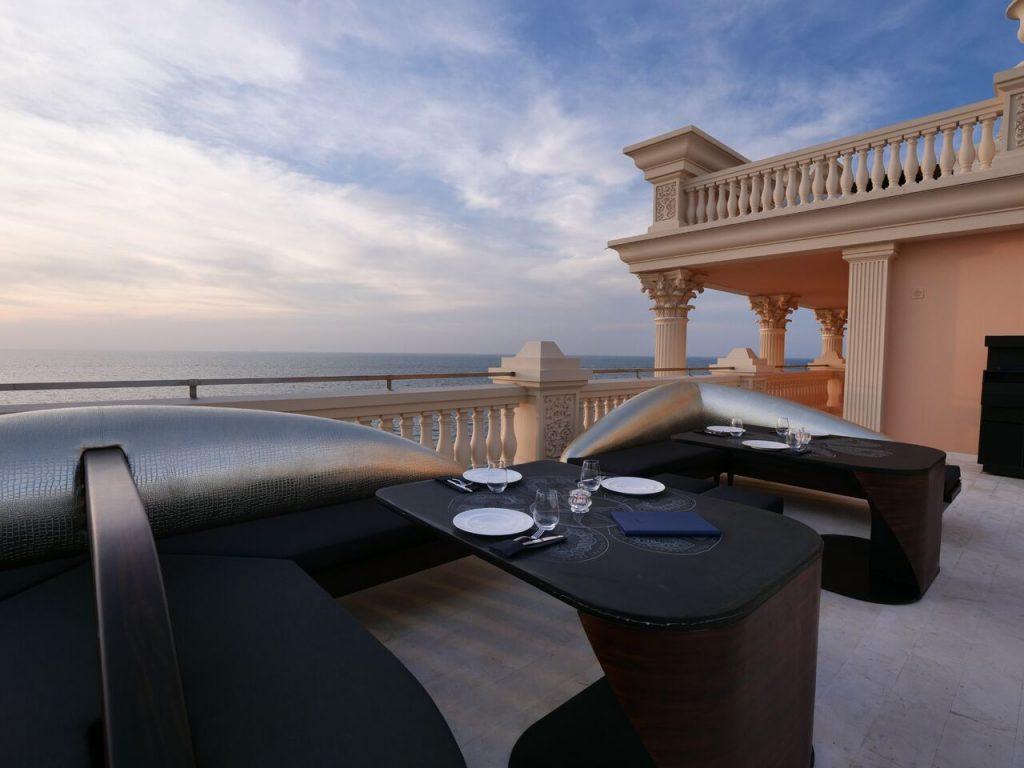 مطعم ألوندا في فندق إميرالد بالاس كمبينسكي دبي