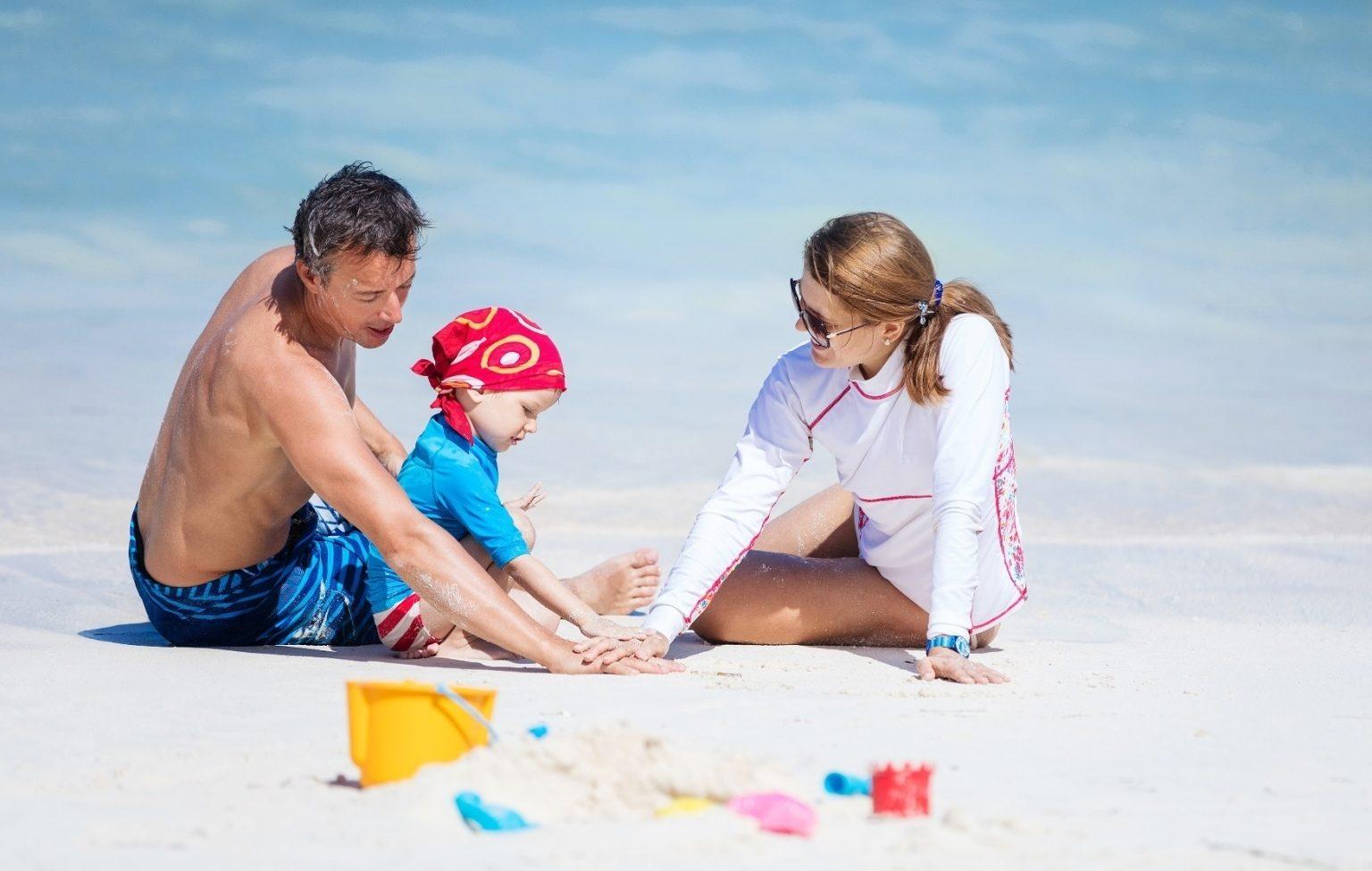 يوم عائلي مجاني على شاطىء فندق باب القصر