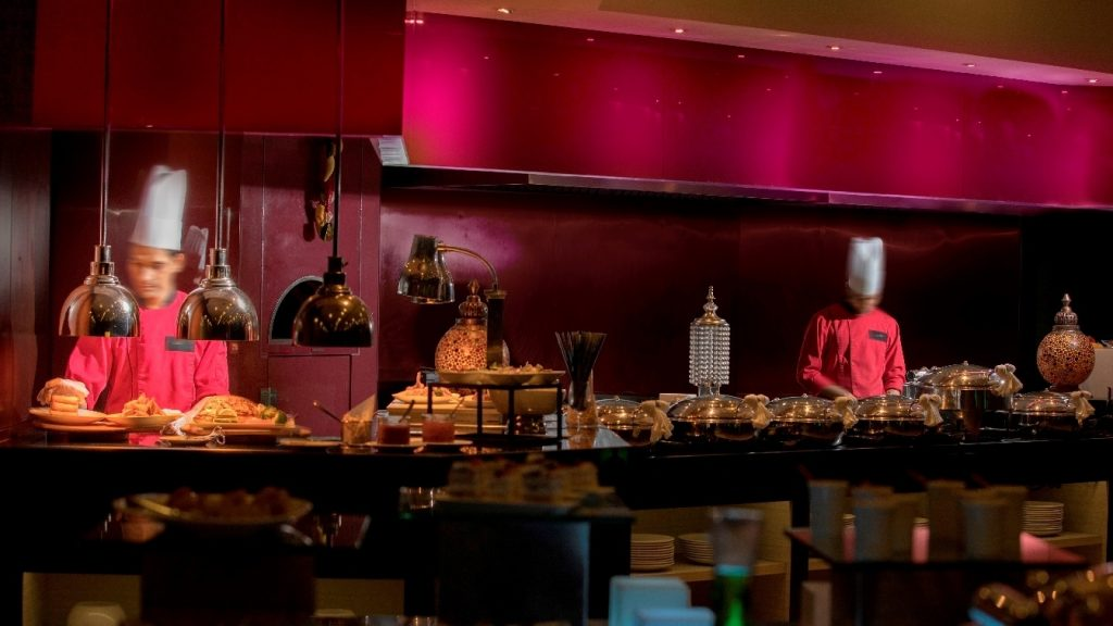 أمسية ريترو نايت الهندية في مطعم ليمون بيبر