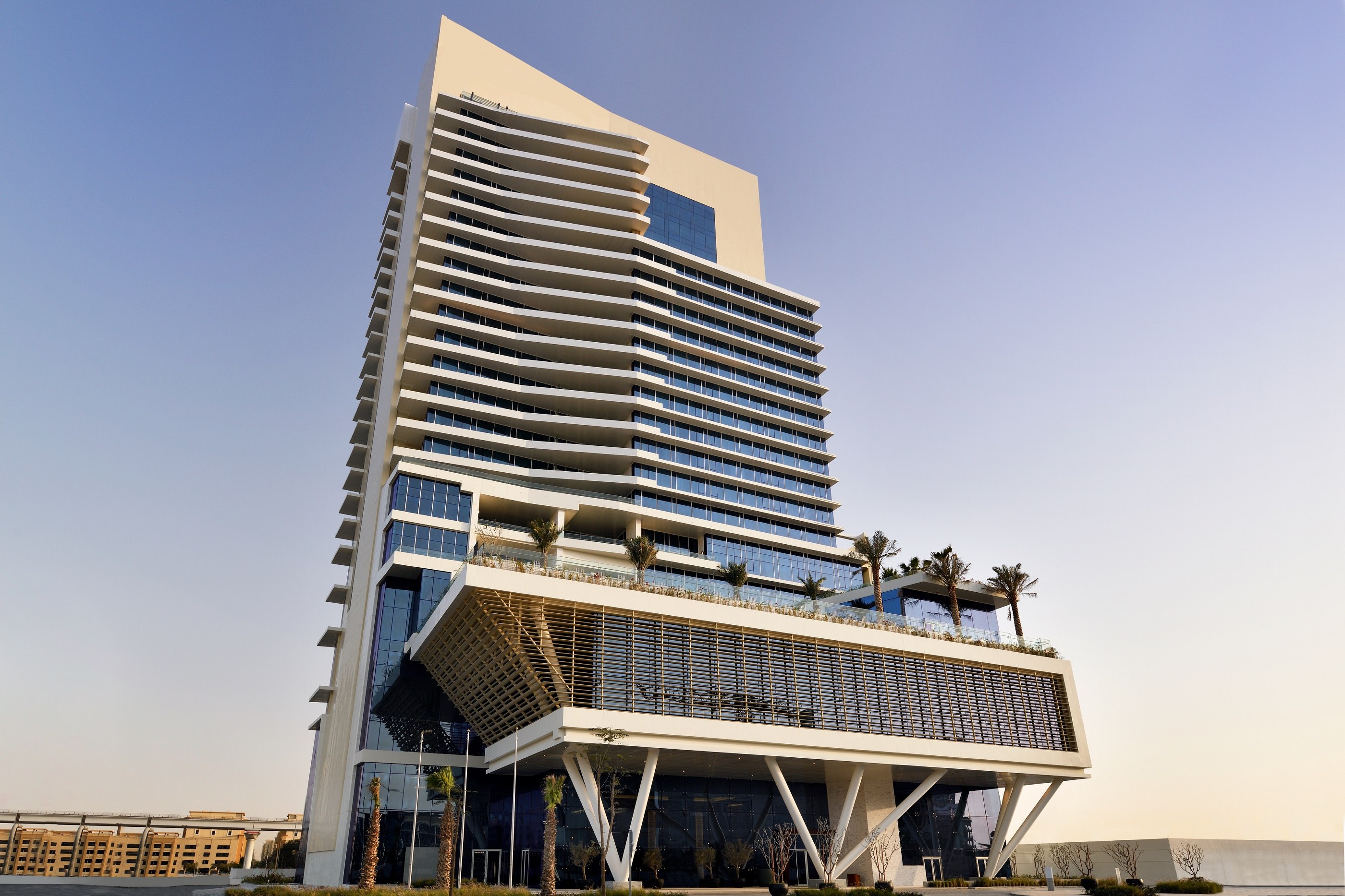 فندق جراند بلازا موڤنبيك مدينة دبي للإعلام