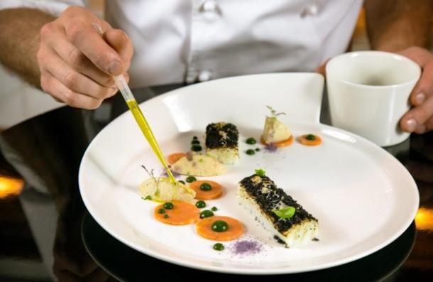 مطعم ولاونج روبيرتوز أبوظبي يحتفي بالجبن الإيطالي العريق