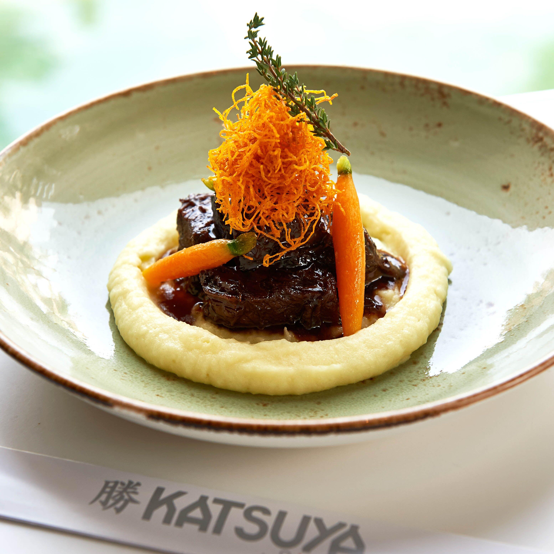 مطعم Katsuya by Starck في ياس مول ابوظبي