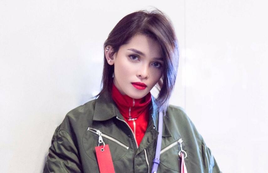 حفل نجمة الغناء الفلبينية كي زي تاندينغان