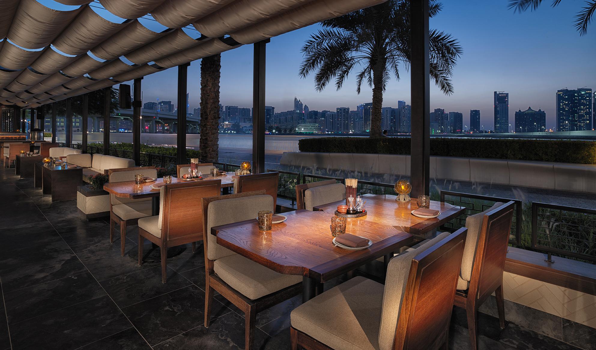 مطعم داي باي دونغ يحتفي بمهرجان سيتشوان للمأكولات الصينية