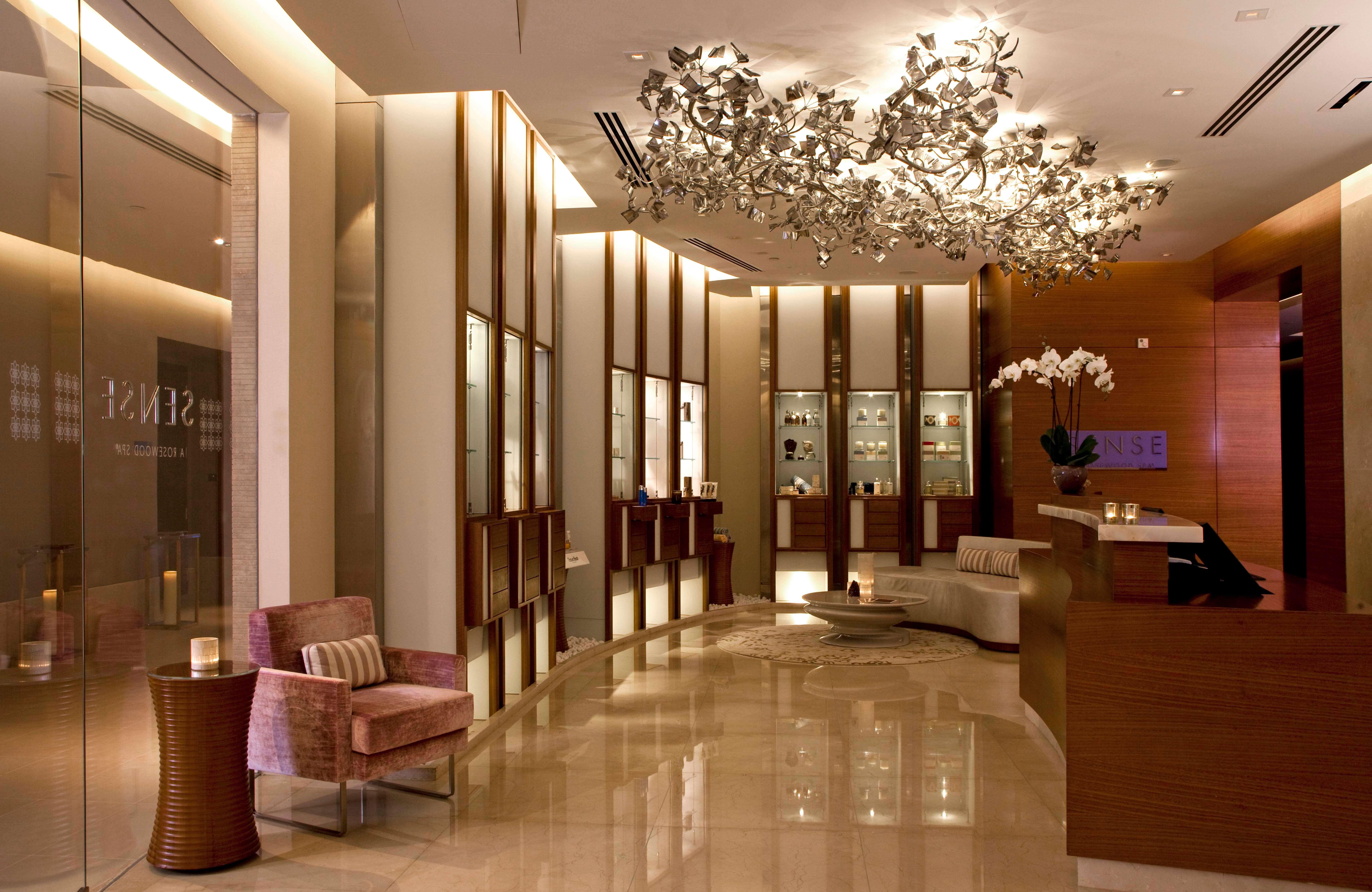 عروض فندق روزوود أبوظبي إحتفالاً بعيد الأم 2019