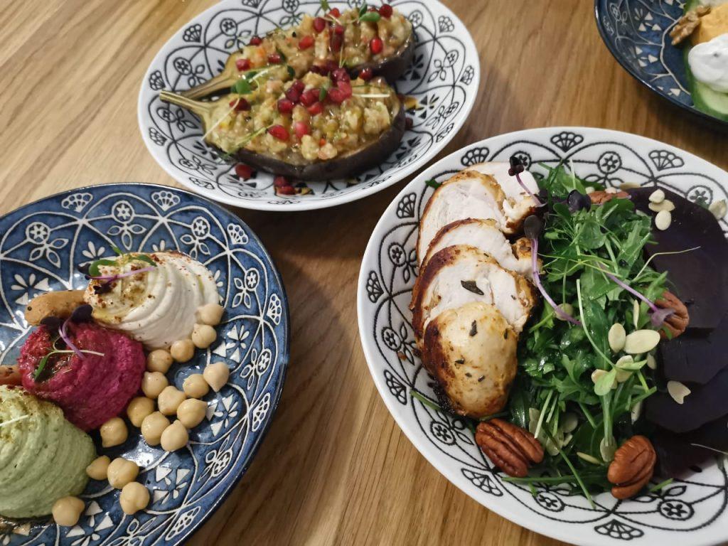 مطعم زفكي واحة المأكولات الشرقية والتركية بدبي