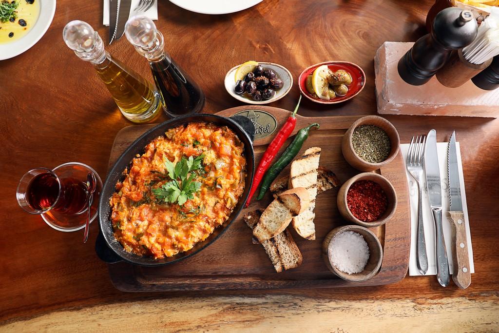 قائمة فطور جديدة من مطعم غوركان شيف ستيك هاوس