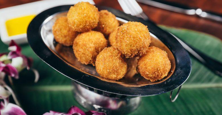 مطعم تريدر فيكس يحتفل باليوم العالمي لكرات الجبنالمقرمشة والشهية