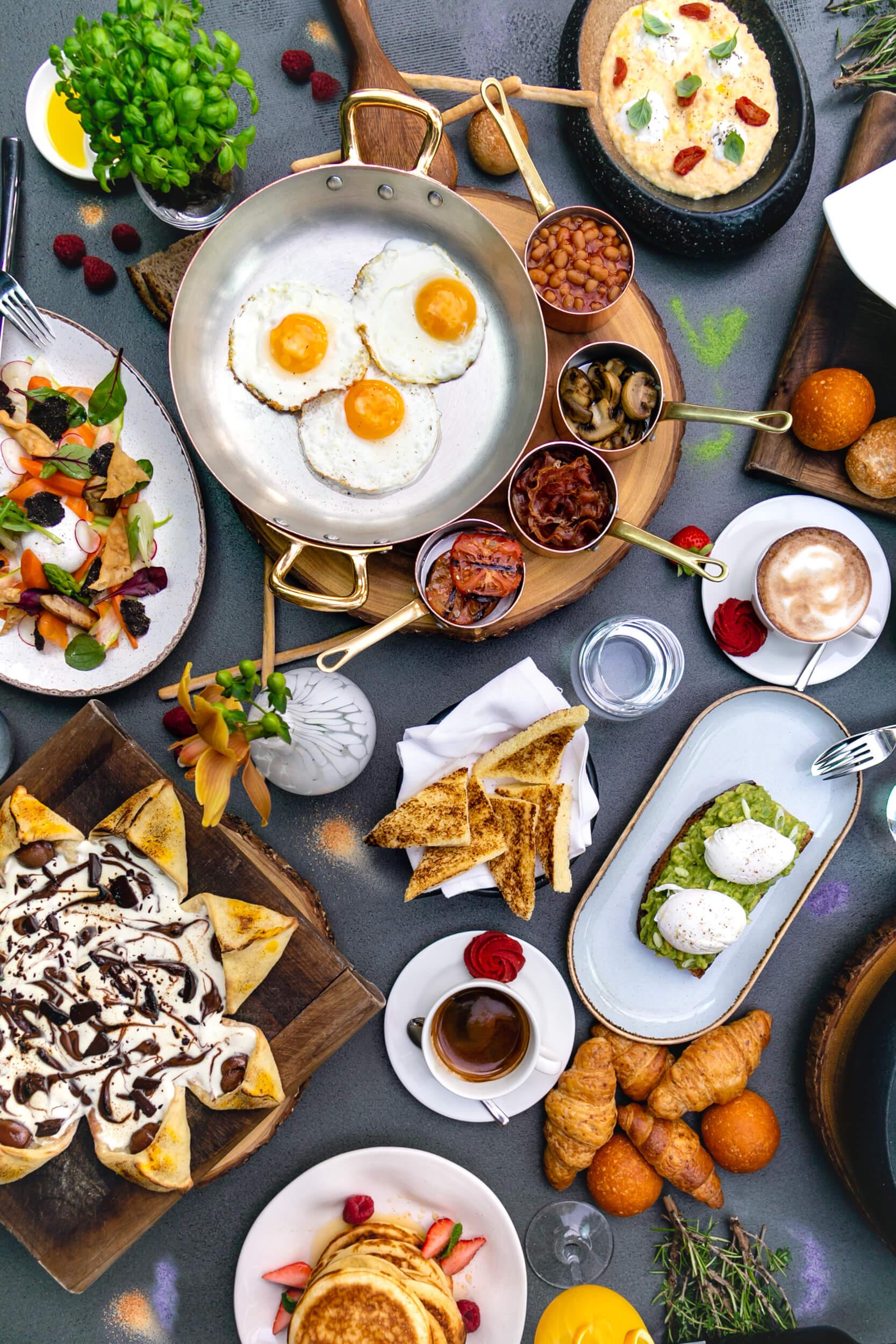 مطعم ولاونجروبيرتوز أبوظبي يقدم تجربة إفطار وغذاء جديدة