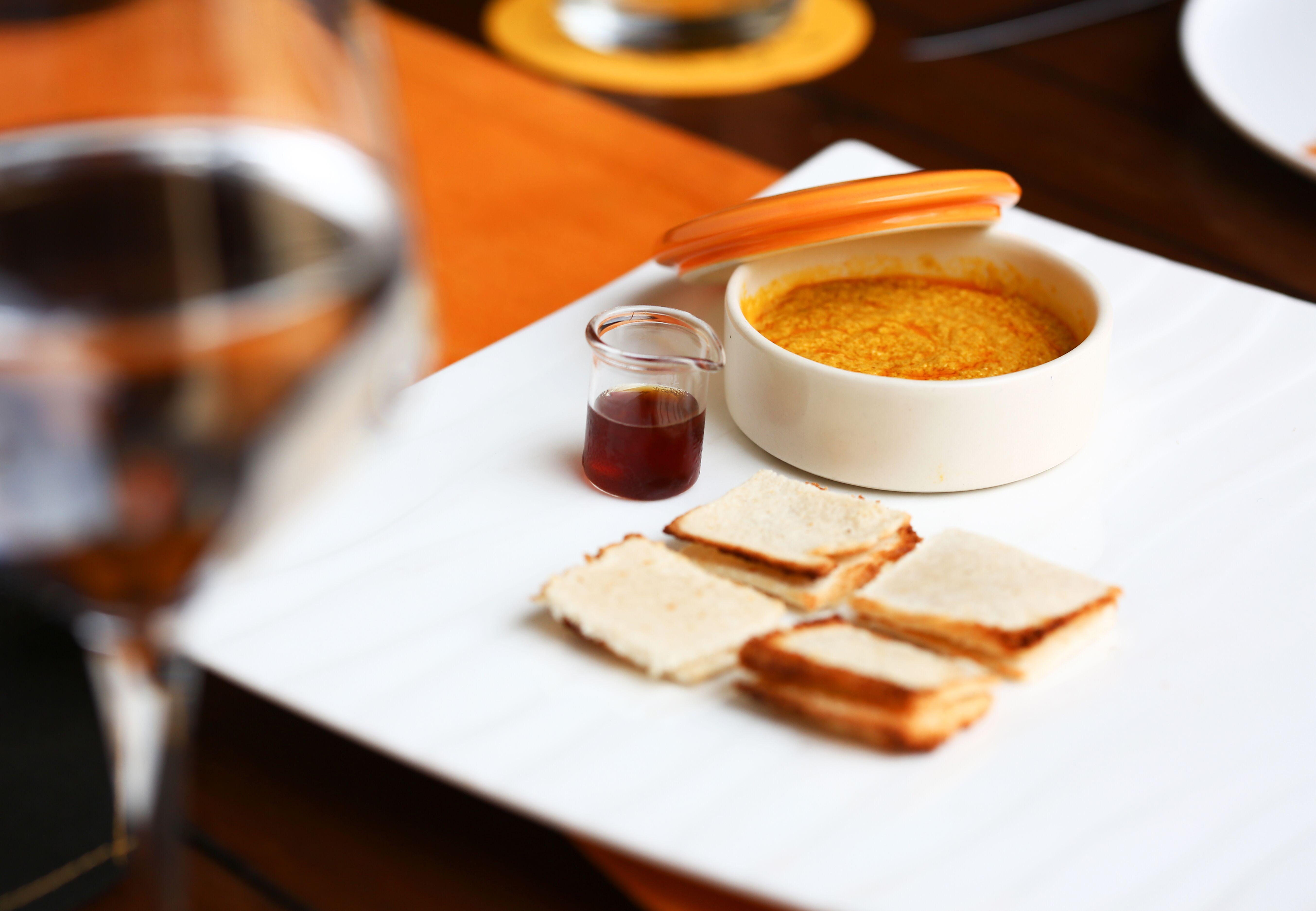 فندق شانغريلا دبي تستضيف دارشان مونيداسا ليقدم أطباقه الذيذة للضيوف