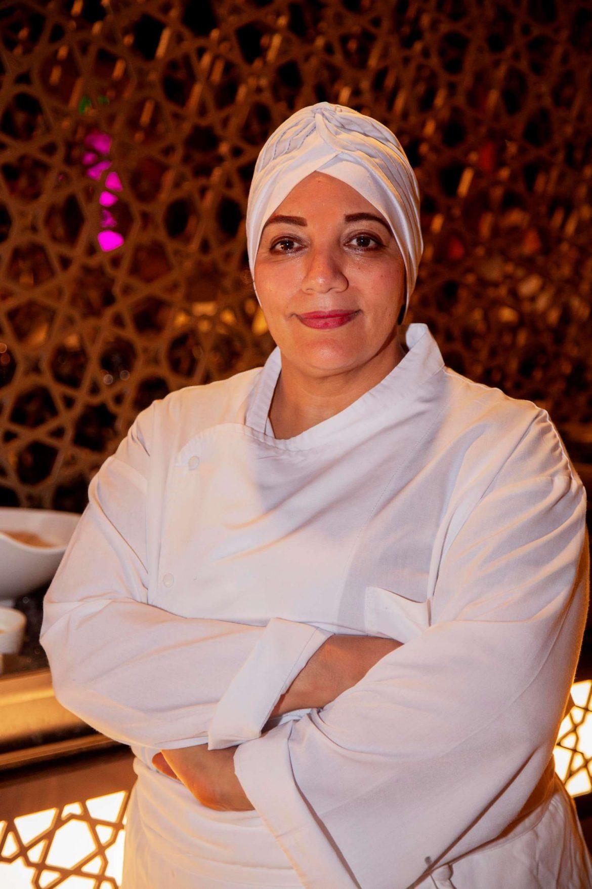 خيمة التسامح تقدم ألذ الأطباق المغربية للشيف سميرة مغفور