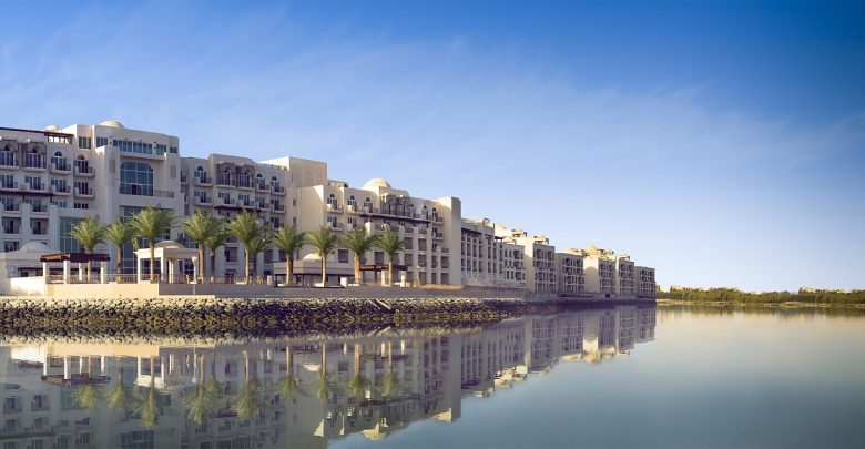 فندق أنانتارا القرم الشرقي أبوظبي يحتفل باليوم العالمي لليوغا 2019