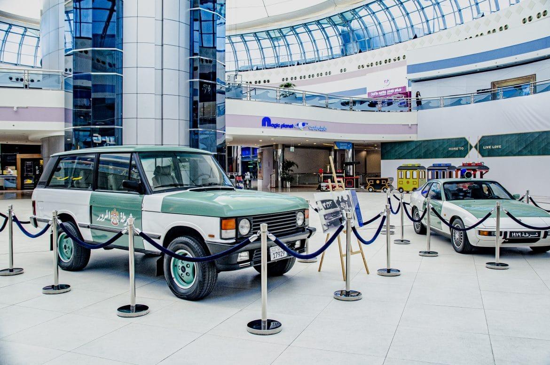 مارينا مول يستضيف المعرض الضخم لسيارات شرطة أبوظبي الكلاسيكية