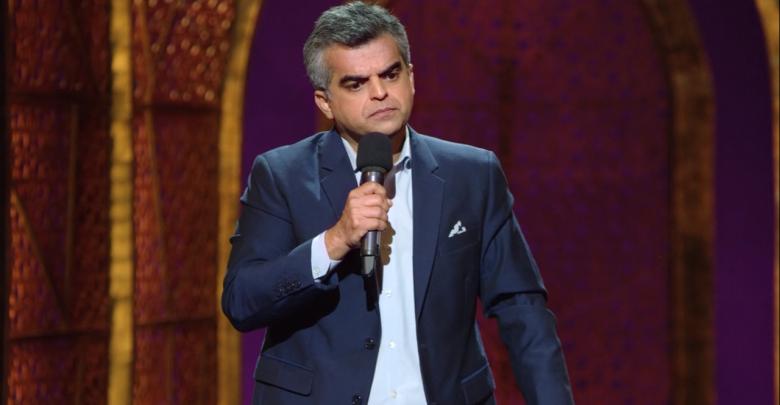 الكوميديان الهندي المشهور أتول خاطري