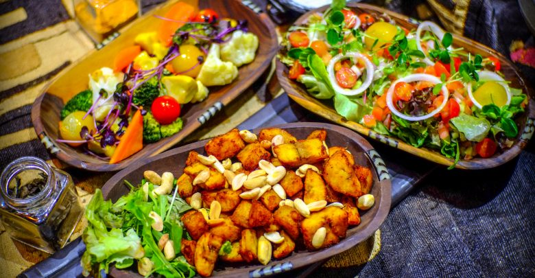مطعم كيزا يقدم لضيوفه تجربة طعام بنكهة أفريقية