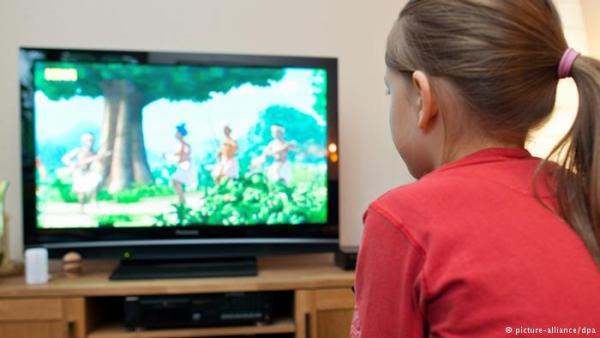 التلفزيون وألعاب الفيديو