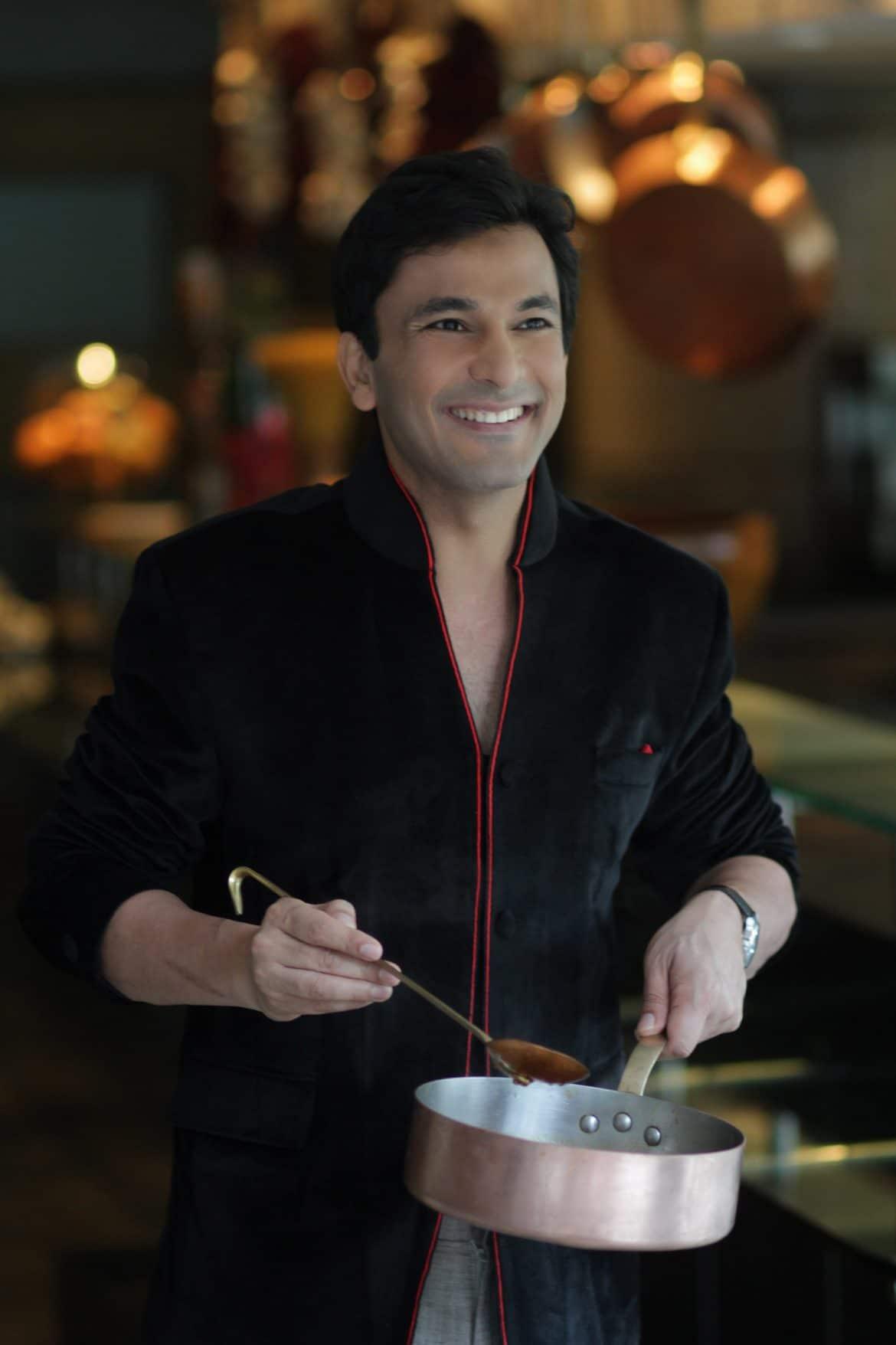 مطعم كينارا من فيكاس خانا يفتتح أبوابه في دبي