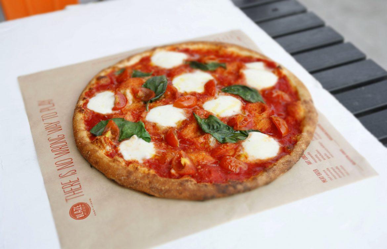 إفتتاح أول فرع لسلسلة مطاعم لبليز بيتزا في الإمارات