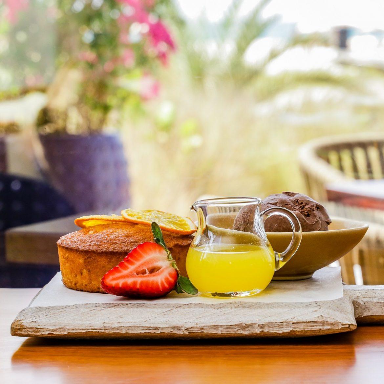 مطعم ذا بيتش هاوس أبوظبي يقدم قائمة طعام جديدة من اطباق المتوسط