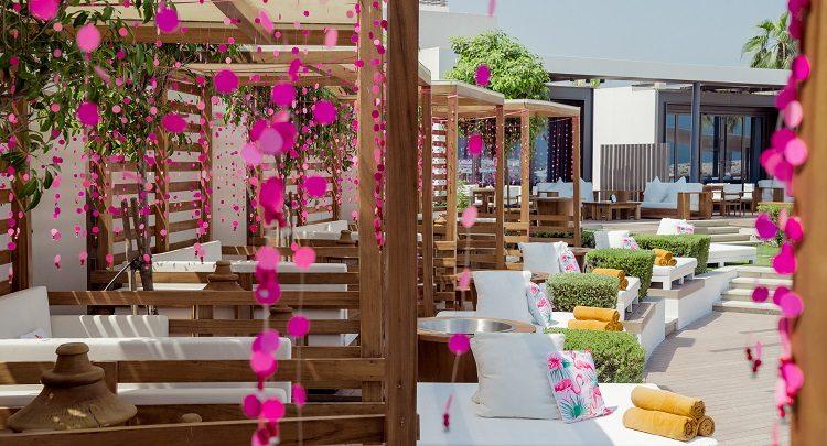 منتجع وسبا نيكي بيتش دبي يعلن عن عرضه الجديد الحياة الوردية