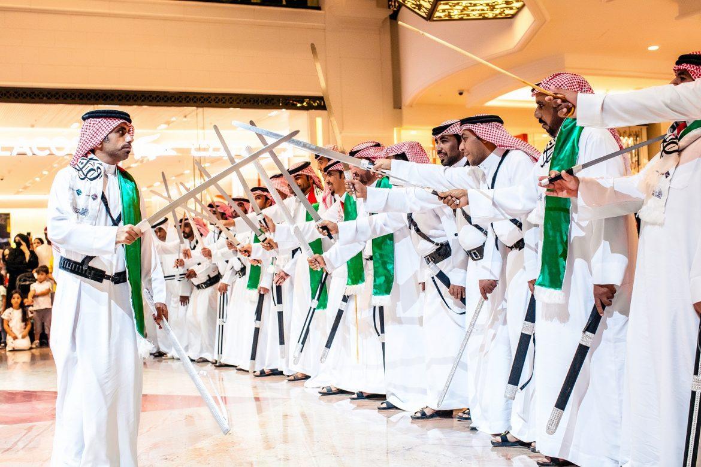 عروض أشهر مراكز التسوق في دبي احتفالاً باليوم الوطني السعودي