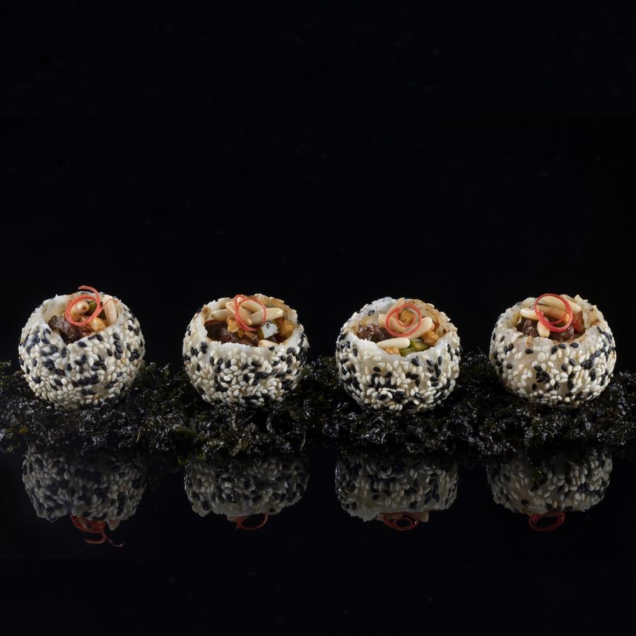 مطعم هاكاسان أبوظبي يقدم قائمة طعام خاصة إحتفالاً بالأسبوع الذهبي الصيني