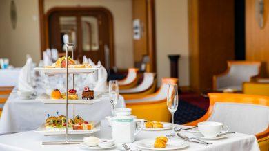 صورة سفينة كوين إليزابيث 2 تجربة وجبة شاي بعد الظهر الاستثنائية