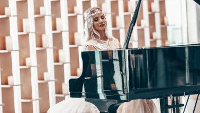 Photo of تعرفوا على آنا ديميس عازفة البيانو الأكثر شهرة في دبي